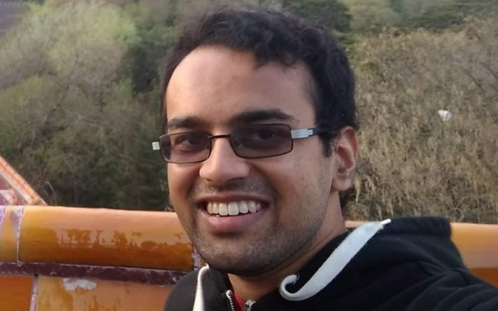 Dr Raveen De Silva