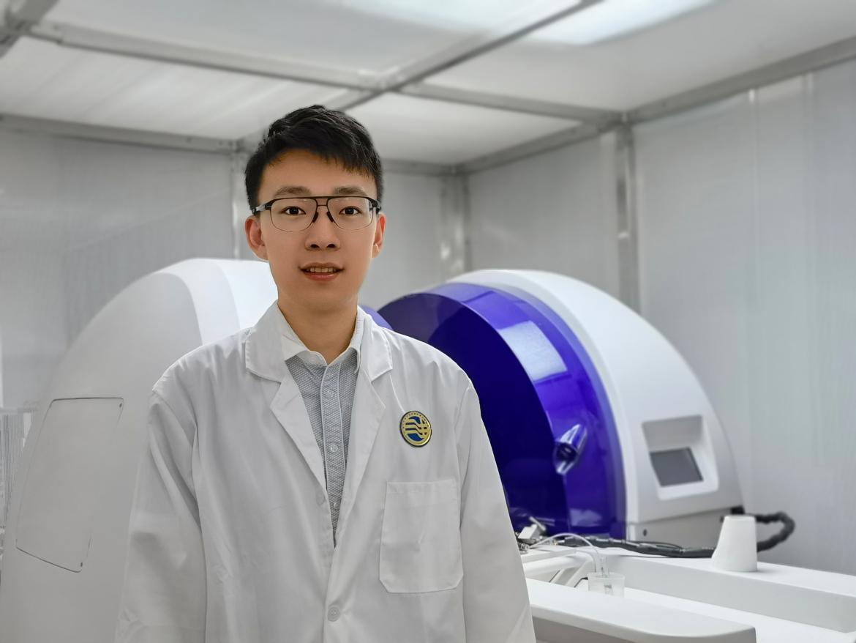 Photo of Dr Chenhao Sun