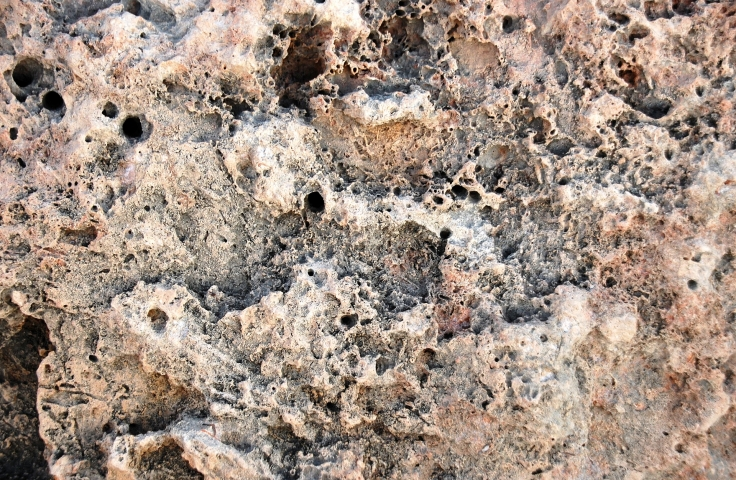 Porous rock formation